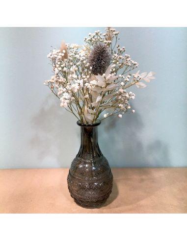 vase noir dentelé