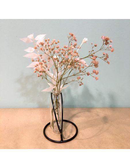eprouvette et support et bouquet sec